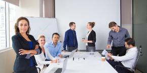 الأخصائي المعتمد في الأعمال المكتبية والإدارة