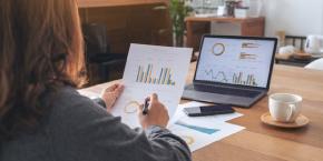 تقييم وتحليل الأخطار المالية وبناء الاستراتيجيات المالية