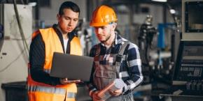 إعداد ميزانية وبرامج للصيانة ومراقبة التكاليف وتخصيص الموارد