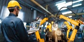 النظم الحديثة لتقدير تكاليف الصيانة وتقييم البدائل والتنبؤ بقطع الغيار
